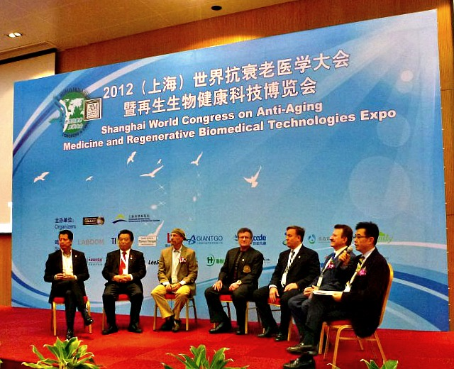 Dr James Stoxen DC with the Expert Discussion Panel at The 2012 Shanghai World Congress on Anti-Aging Medicine.